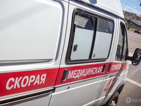 Кузбасским медучреждениям выдали новые машины «Скорой помощи»