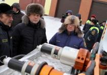 На колёсах: Кемеровская служба спасения получила новые автомобили