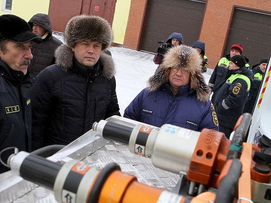 Наколёсах: Кемеровская служба спасения получила новые автомобили