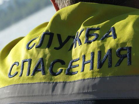 Кемеровские cотрудники экстренных служб помогли 150-килограммовому мужчине