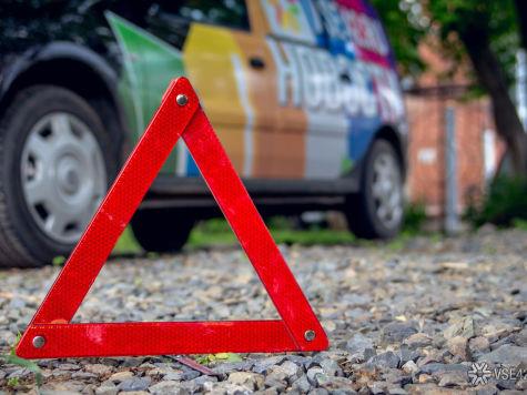 Два человека пострадали вДТП савтобусом и грузовым автомобилем вКузбассе