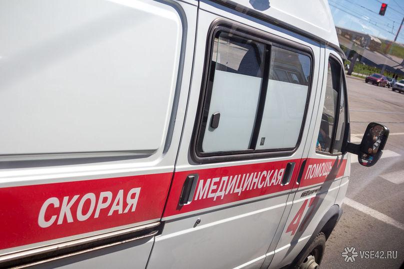 45-летняя женщина выпала изокна вКузбассе