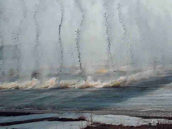 Стала известна дата взрыва льда наТоми вКемерове